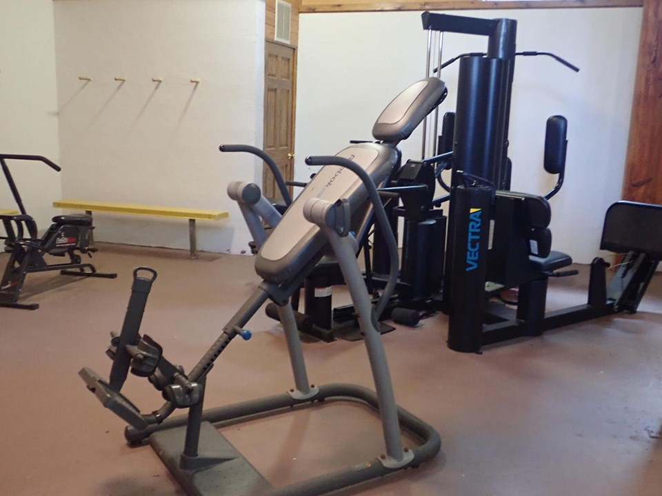 Inside the fitness center at the lake.| The Retreat at Artesian Lakes in Texas