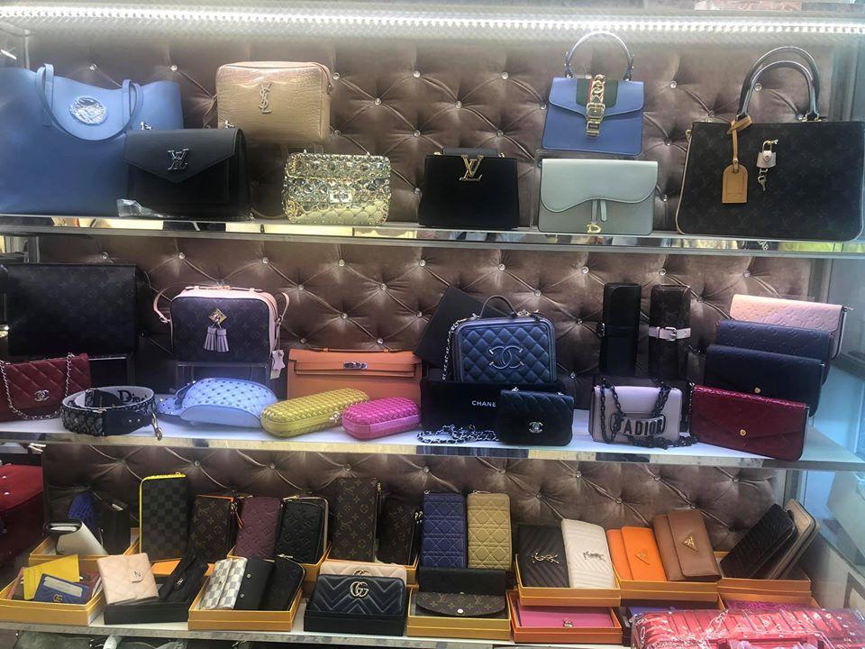 Display of designer purses at Grand Bazaar. | Istanbul, Turkey