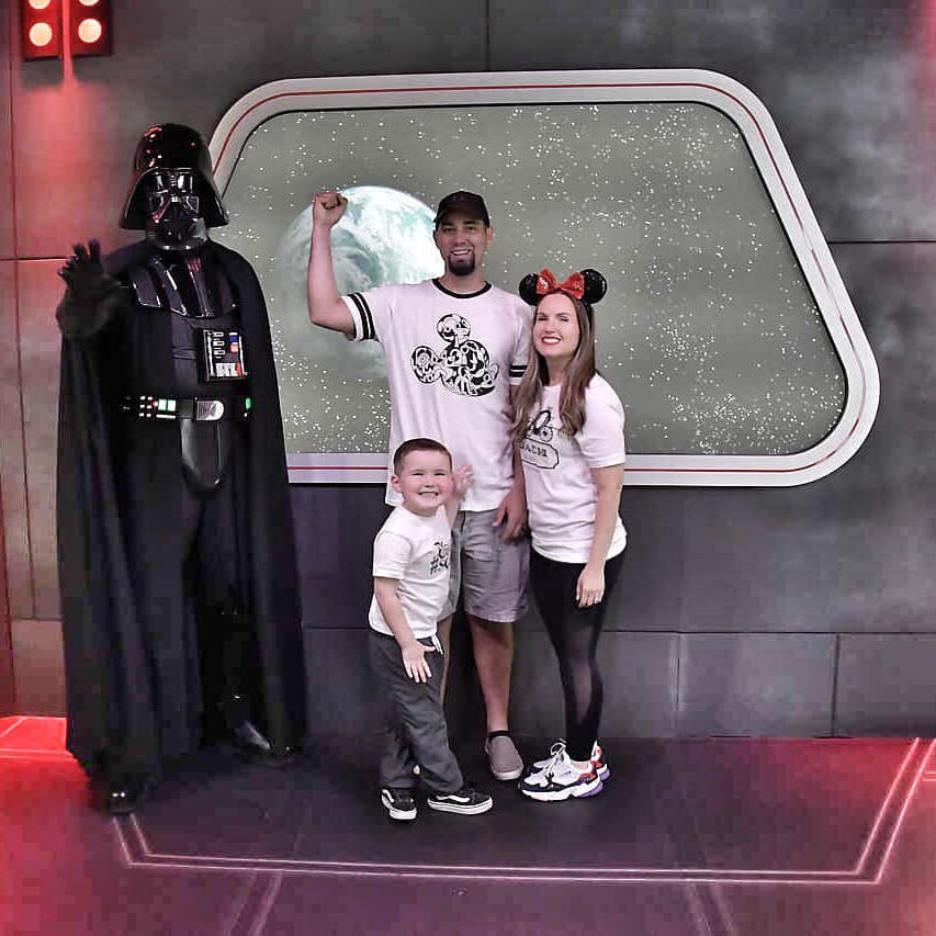 Family posing with Star Wars character at Disneyland.   Disneyland Resort Hotels, Anaheim; What you need to know.