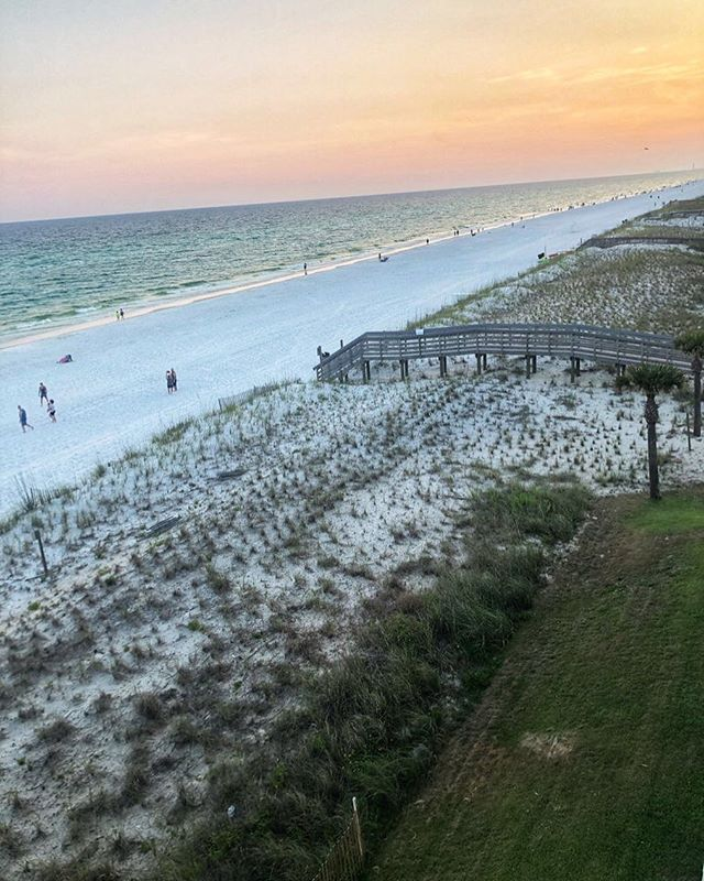 View of the beach in Destin.   Destin, Florida with the Kids