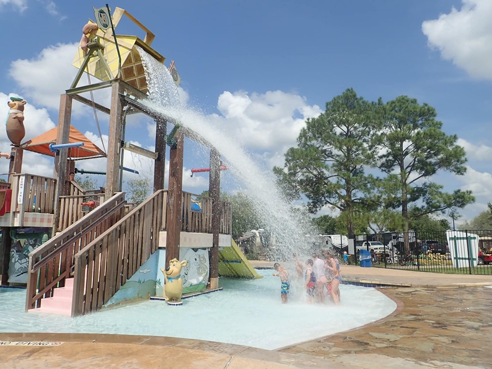 Kids playing at the waterpark at Jellystone in Texas.   Jellystone Park in Waller, Texas