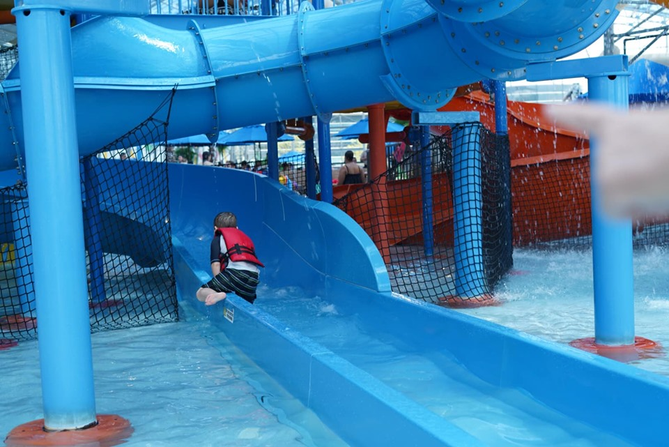 Kid riding Rascal's Round Up ride at Epic.| Epic Waterpark in Dallas, Texas