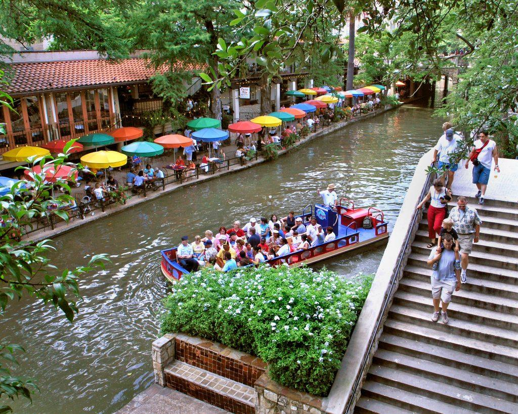 View of a Rio San Antonio Cruise in the River along the Riverwalk in San Antonio.   Week in San Antonio, Texas