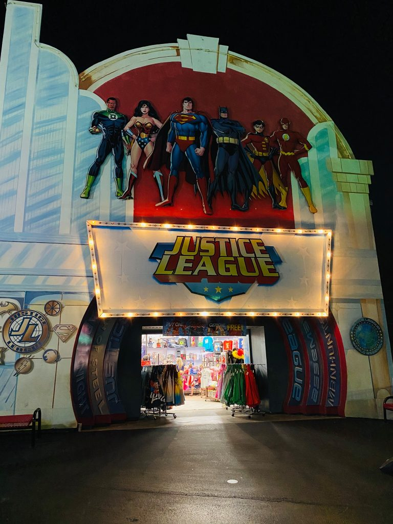 Outside a Justice League super hero gift shop at Six Flags.   Guide to Six Flags over Texas Hallowfest