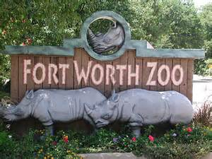 Sign outside Fort Worth Zoo in Dallas.| Weekend in Dallas with Kids